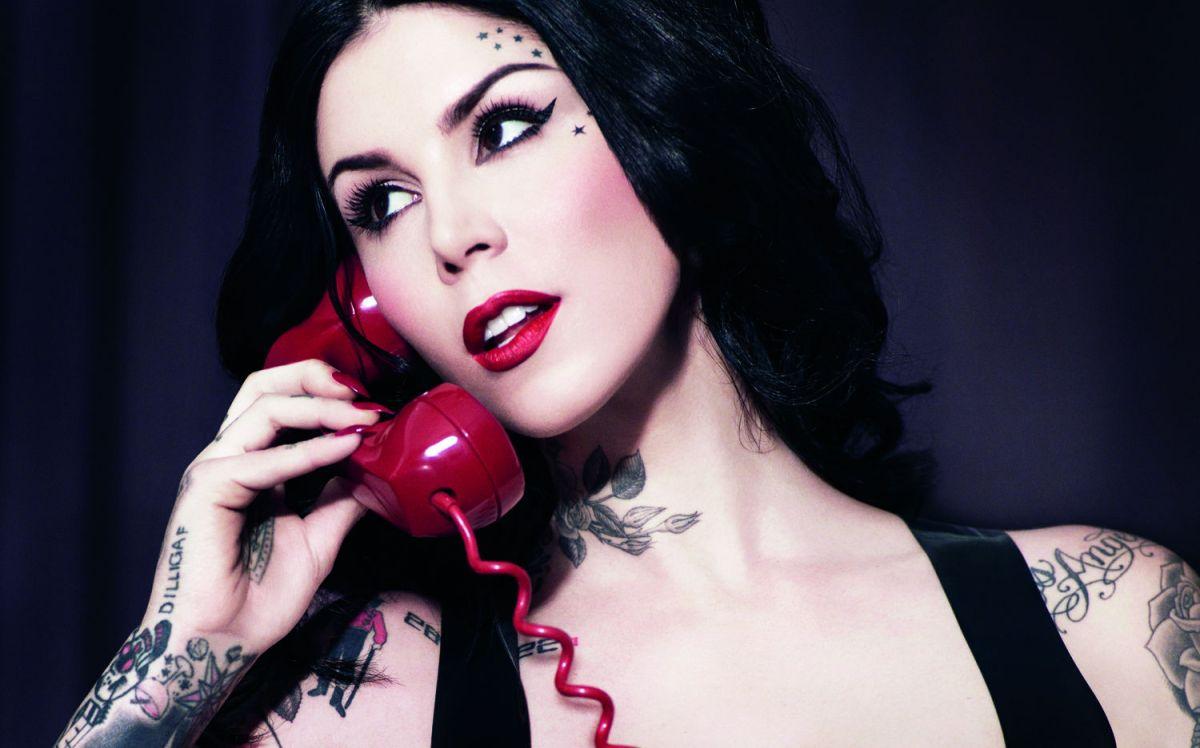 Kat Von D Beauty - Everlasting Liquid Lipstick in Project