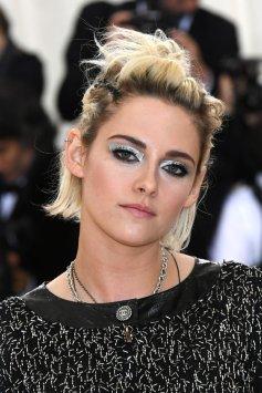 MEt-Kristen-Stewart-Makeup-Hair-Met-Gala-2016